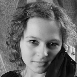 Юлька), 26 лет, Долина