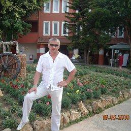 ігор, 54 года, Трускавец