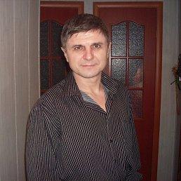 Юрий, 54 года, Зверево