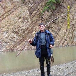 Анатолий, 47 лет, Макаров
