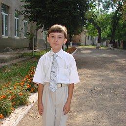 Севастьян, 25 лет, Снятин