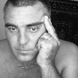 Юрий, 49 лет, Приморск