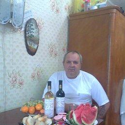 валерий, 65 лет, Сим