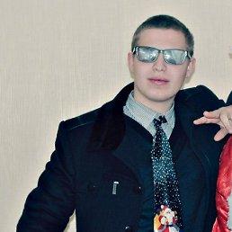 Анатолий, 26 лет, Южное