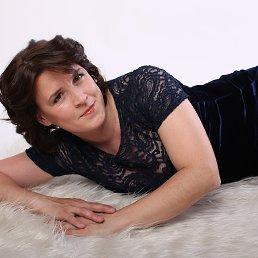 Виктория, 43 года, Санкт-Петербург