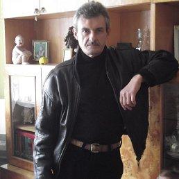 виктор, 61 год, Свалява