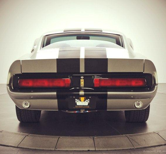 Ford Mustang GT500E Shelby Eleanor - 2