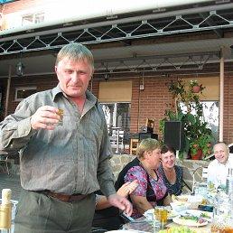 Николай, 55 лет, Суджа