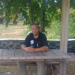 Валентин, 49 лет, Маневичи