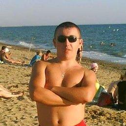 Виктор, 30 лет, Новая Каховка