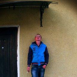 Виталий, 24 года, Почаев