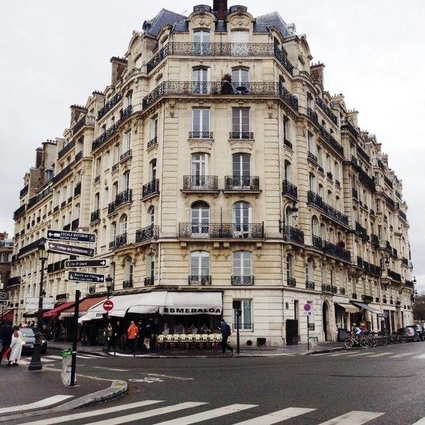 Paris - 2