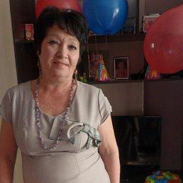 Елена, 59 лет, Калининск