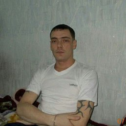 Илья, 36 лет, Ягодное