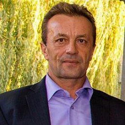 Петр, 55 лет, Курахово