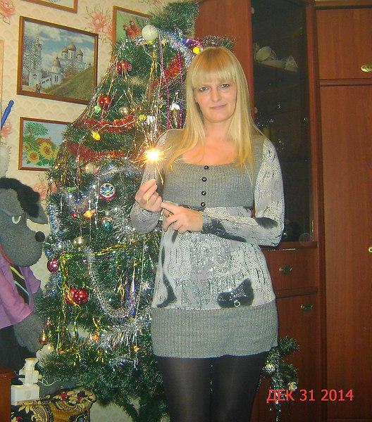 Фото: Таня, 44 года, Алексин в конкурсе «Огни Нового года»