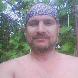 Леонид, 52 года, Первомайск
