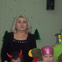 Валентина, 59 лет, Радужный