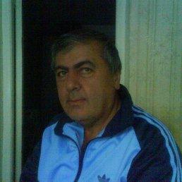 Нугзари, 64 года, Молоково