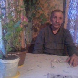 Андрей, 58 лет, Починок
