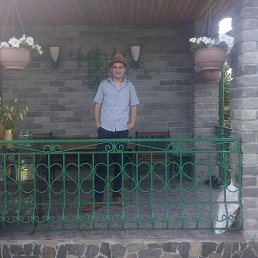 Леонид, 28 лет, Туринск