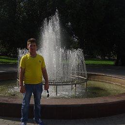 олег, 51 год, Курган