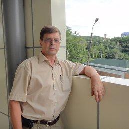Евгений, 60 лет, Софрино