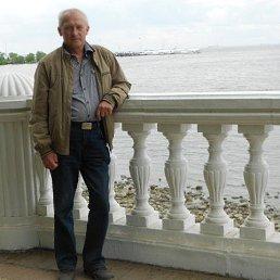 Анатолий, 65 лет, Касторное
