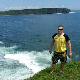 Михаил, 32 года, Владивосток