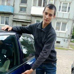 Владислав, 24 года, Светлый