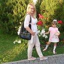 Астрахань, прогулка по Набережной. Парк у памятника Петру Великому.