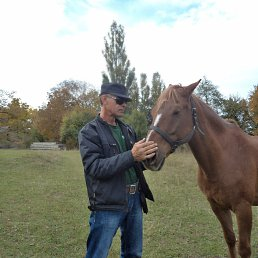 Олег, 50 лет, Ясиноватая