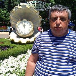 Михаил, 59 лет, Сокол