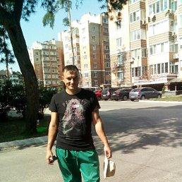 Alex, 32 года, Коцюбинское