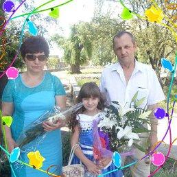 Татьяна, 59 лет, Докучаевск