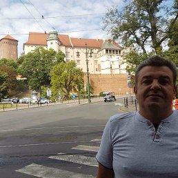 Віктор, 48 лет, Самбор