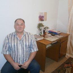 Виктор, 61 год, Свободный