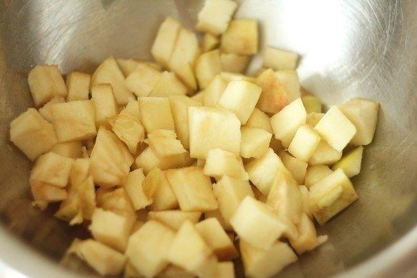 Шарлотка с яблоками. Данный рецепт яблочного пирога меня никогда не подводил! Слышала разные отзывы ... - 5