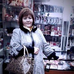 Светлана, 67 лет, Казань