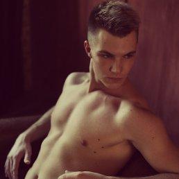 Dmitriy, 22 года, Ижевск