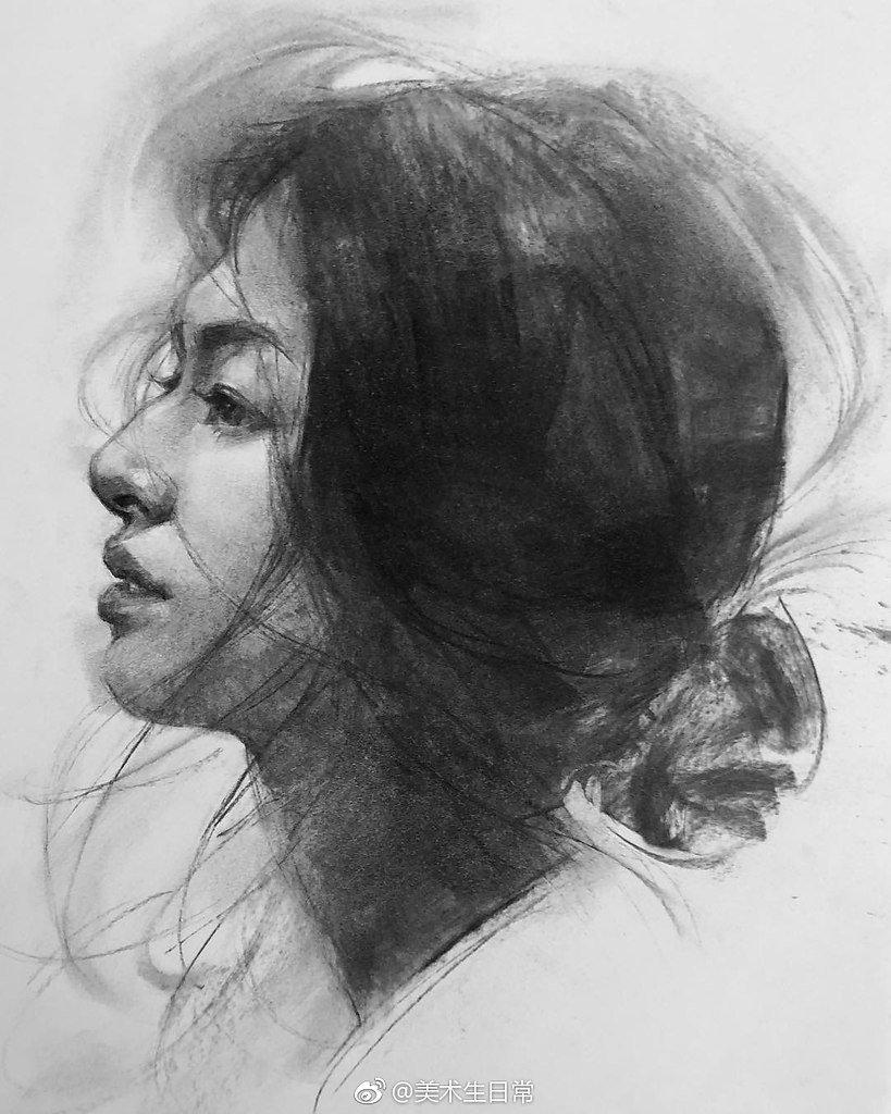 Рисунок углем портрет веб камеры