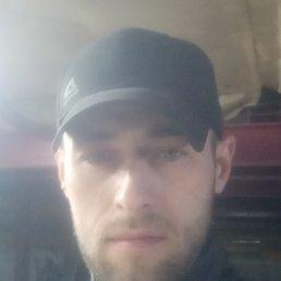 Евгений, 33 года, Владивосток