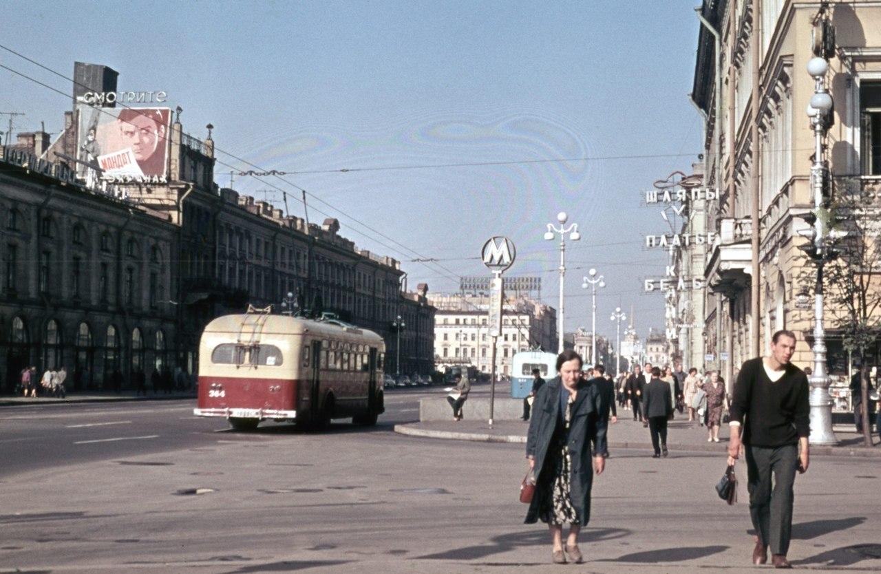 подозреваемых попытке ленинград улицы картинка работает