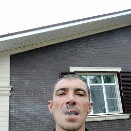 Вадим, 36 лет, Антрацит