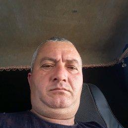 Буняд, 45 лет, Снежное
