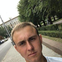 Евгений, 22 года, Псков