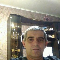 Александр, 48 лет, Татищево