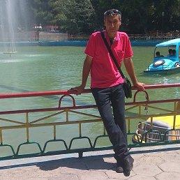 Обиджон, 49 лет, Островец