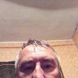 Виктор, 58 лет, Белгород