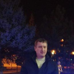 Хельги Олег, 52 года, Мариуполь